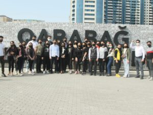 Davamçılar Hərbi Qənimətlər Parkını ziyarət edib