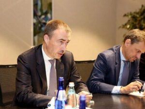 Diplomatik qalmaqal: Separatçılarla görüşən Aİ-nın nümayəndəsi Bakının etimadını itirdi