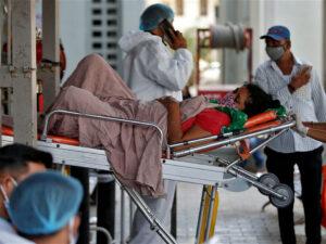 Hindistanda koronavirusa yoluxmada növbəti antirekord