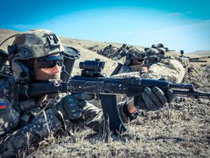 Azərbaycan ordusu 15 000 nəfərlə təlimlərə başladı