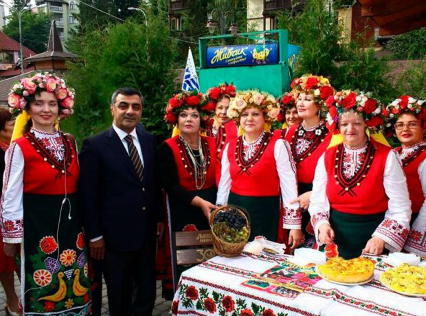 Председатель альянса Азербайджан-Украина поздравил украинцев с Пасхой