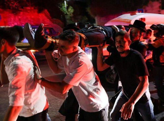 İsraildə sinaqoqun tribunası çökməsi nəticəsində ölən və yaralananlar var