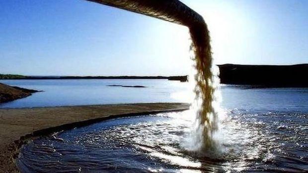 """Nazirlik rəsmisi çirkab sularına görə """"Azərsu""""nu tənqid etdi"""