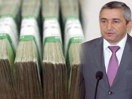 """Biznesmen, yoxsa icra başçısı? – Adil Vəliyev Sabunçuda """"rüzigar əsdirir"""""""