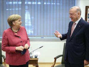 Ərdoğan Merkellə görüşdü