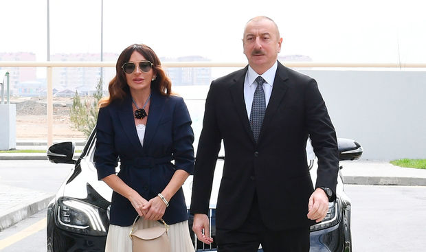 İlham Əliyev və Mehriban Əliyeva Bakıda açılışda