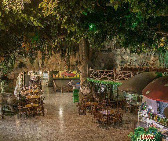 """AAAF Park Xırdalanda yerləşən """"Limu Forest"""" restoranında heyvanlara qarşı xüsusi amansızlıq: Aidiyyatı qurumlar niyə susur?"""