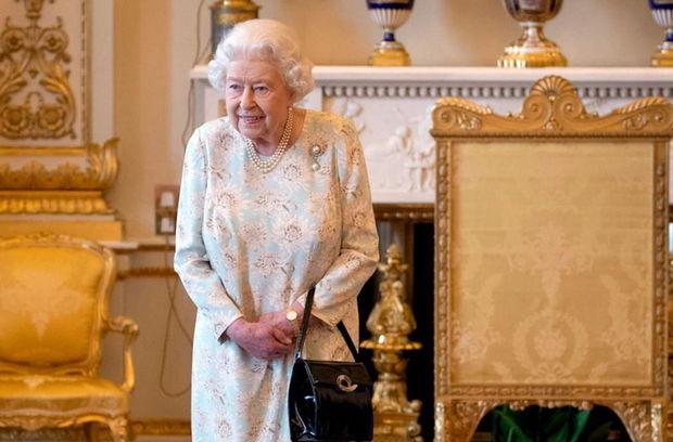İşçisinə görə II Elizabetin səhhəti təhlükə altına düşdü