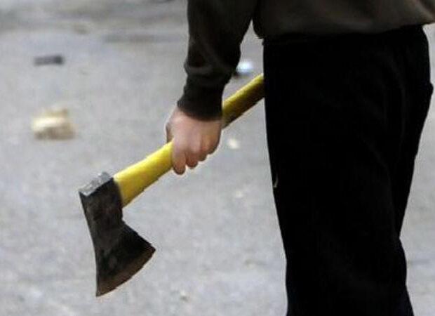 Maşınını qəsdən vurub saxladılar, düşüb balta ilə hücum etdilər – AZƏRBAYCANDA