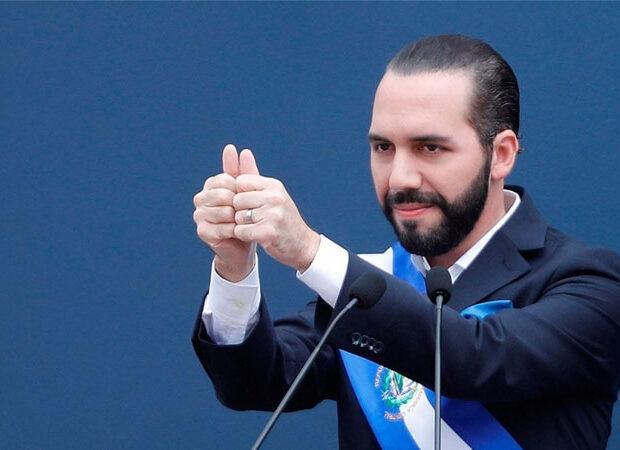 Özünü diktator prezident elan etdi