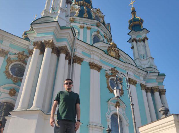 Parçalanan slavyan birliyi: Dünya Ukraynadan daha əzəmətli görünür – REPORTAJ