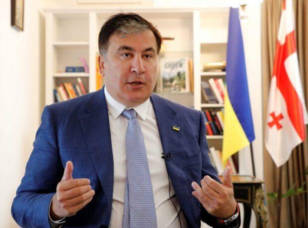 Mixeil Saakaşvili Gürcüstan hərbçilərinə müraciət edib