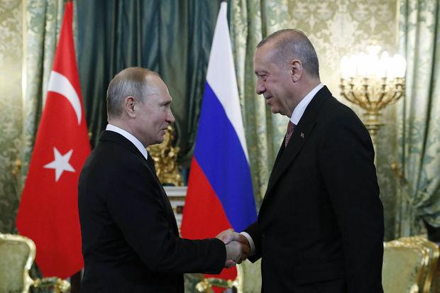 Ərdoğanla Putin Soçidə görüşdü – YENİLƏNİB