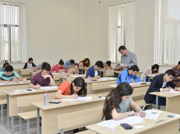 10-a yaxın kollecə publik hüquqi şəxs statusu verilir