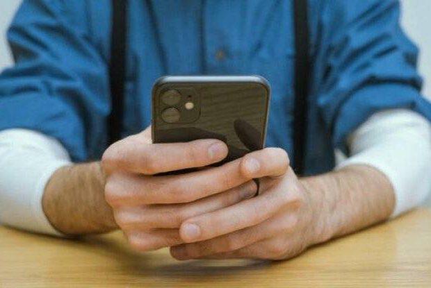 Telefon üzərindəki bakteriyalar hansı xəstəliklərə yol açır? – Mütləq oxuyun!
