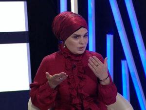 """Alim Qasımov vədinə əməl etməyən qızını cəzalandırdı: """"Gələn kimi mənə 1-2 şillə vurdu"""" – VİDEO"""