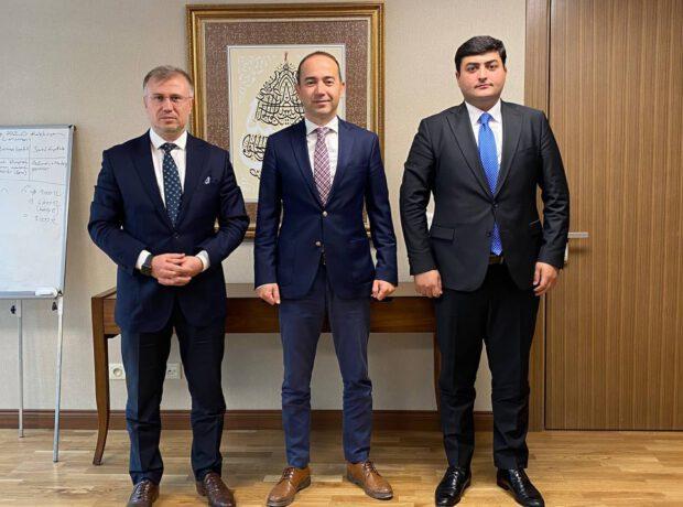 """""""Davam"""" sədrinin Ankara səfəri başa çatıb"""